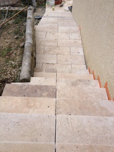 Escaliers droit Pierre naturelle 3cm